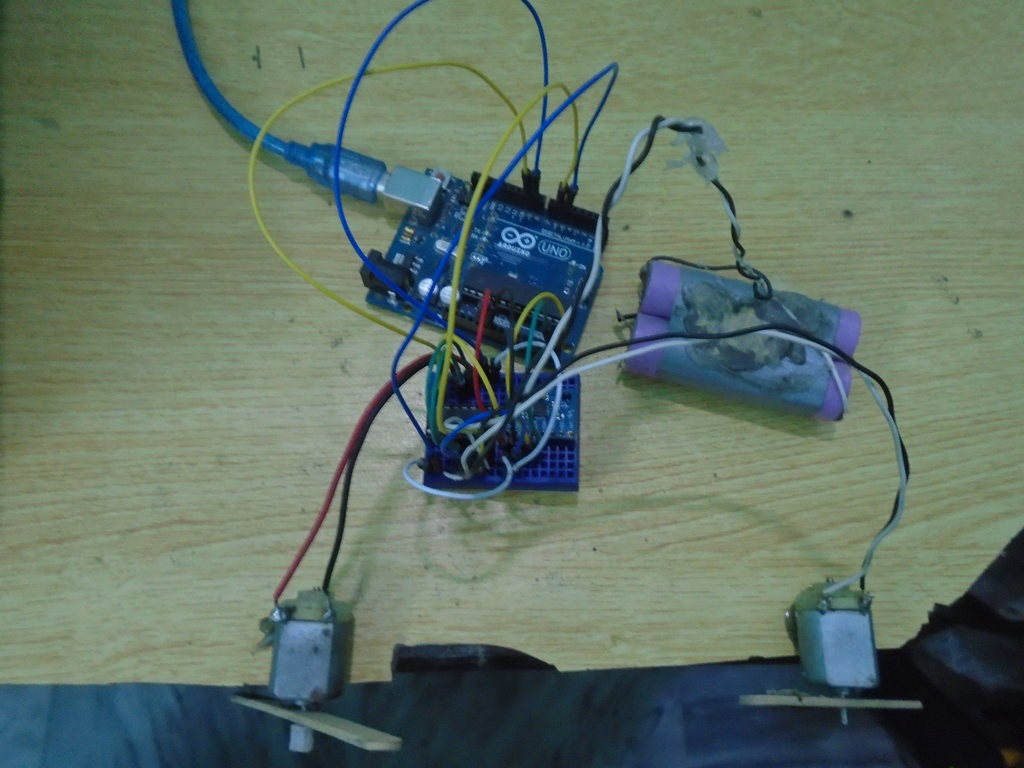 Dc motor control accelerometer electronic circuits and for Dc motor controller design