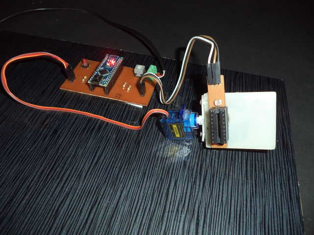 Arduino Solar Tracker Using LDR Sensor & Servo Motor - Single Axis